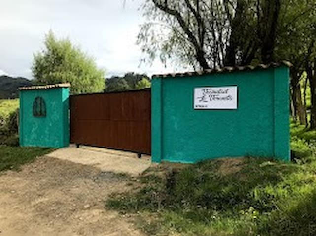 """Casa de Campo """"Vecindad La Veranita"""""""