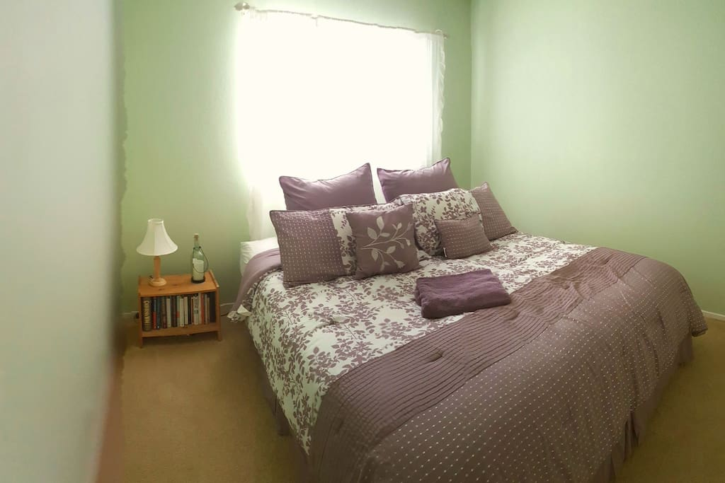 private room with very comfortable Cal King bed