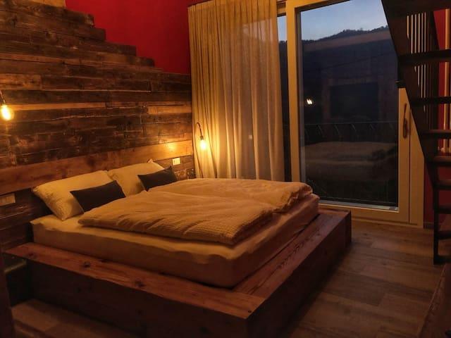 Agata Rossa Junior Suite