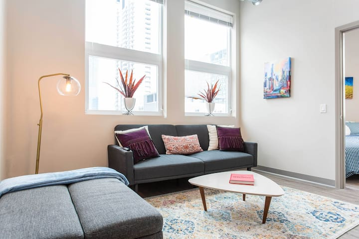 Warm McCormick-Soldier Field 2/2 Loft with❤️+gym