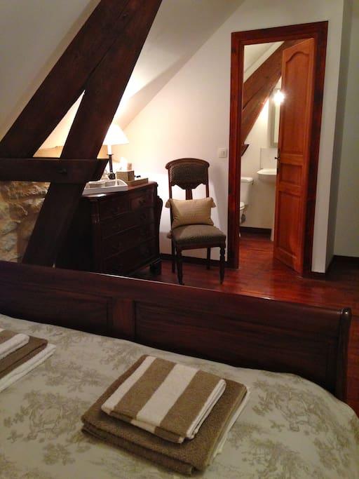 Double bedroom view to en suite