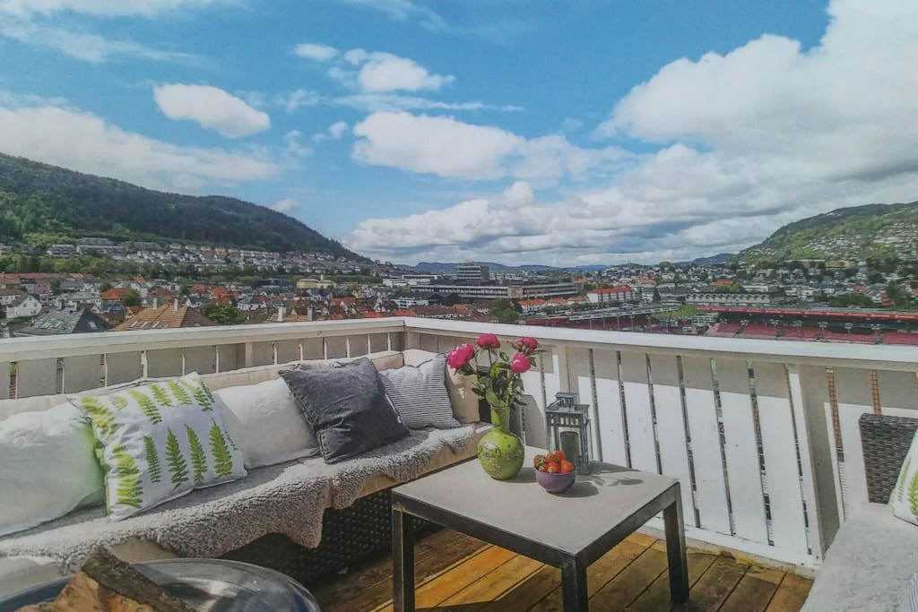 Amazing views over Bergen and the surrounding mountains