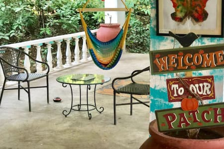 PARADISE NEST Waterfall Villa PALETTE/MEDLEY ROOMS