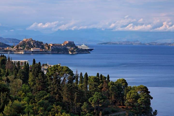 Villa Aphrodite in Corfu city