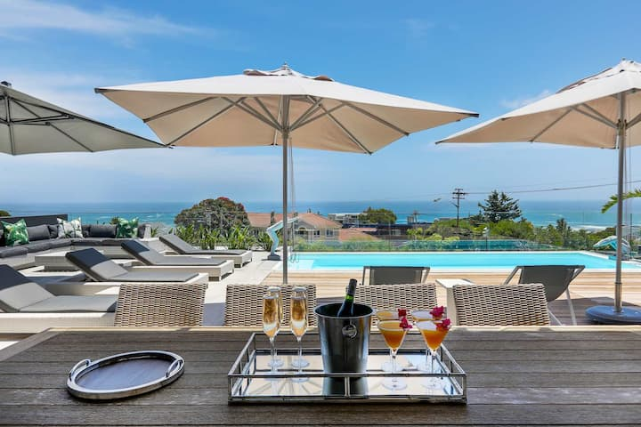 Modern Camps Bay 5 Bed Villa ★ Jo Leo House