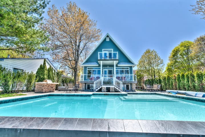 Niagara Luxury Lakefront Estate, 15 mins from NOTL