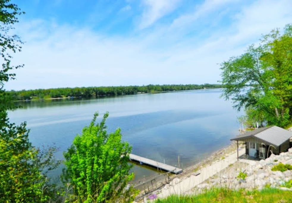 Lake view have firepit and access to Pokegama Lake!