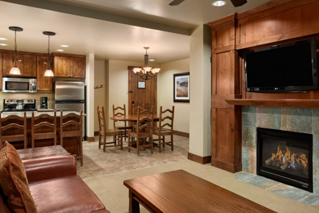 Full Kitchen, Large Dining, Bar Seating and Family Room