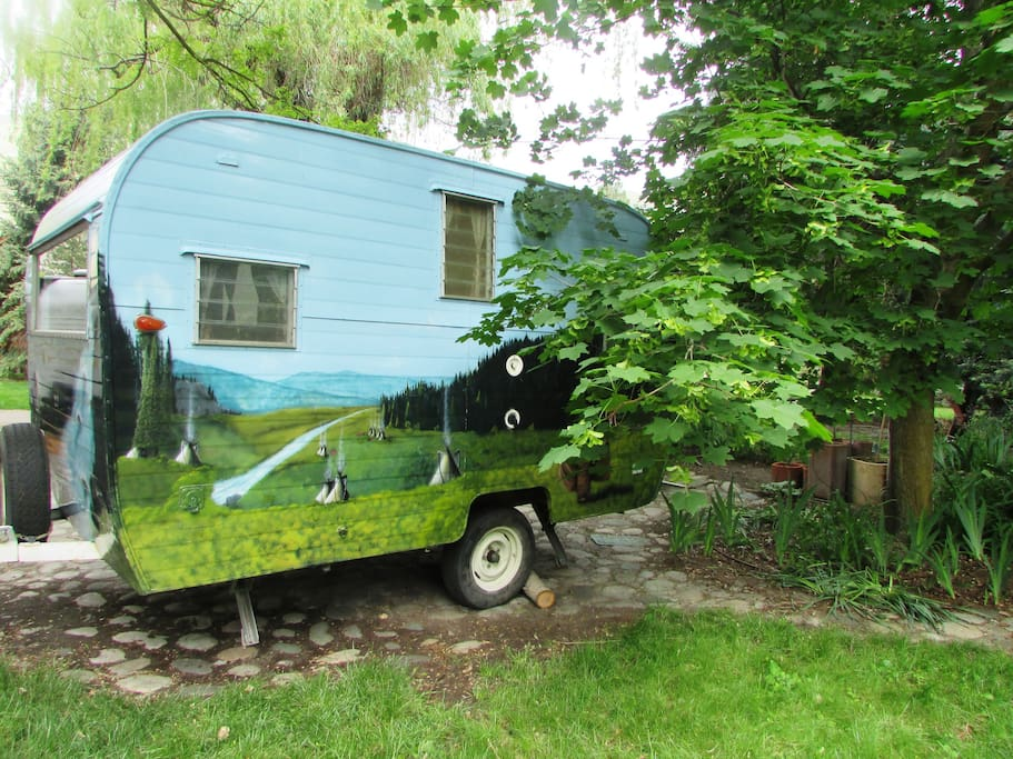 Back view of camper.