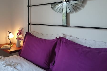 B&B GUESTHOUSE MUSES ESTATE - Evaggelistria - Bed & Breakfast
