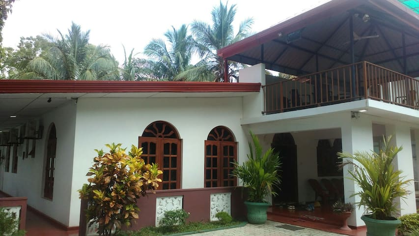 Standard double room - mayura rest