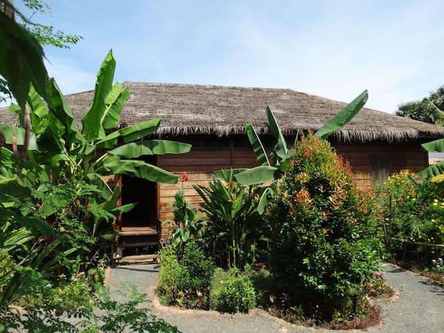 Maison de Ming & Pou