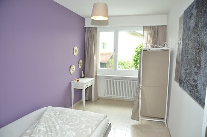 Cosy and modern single-room (1469)