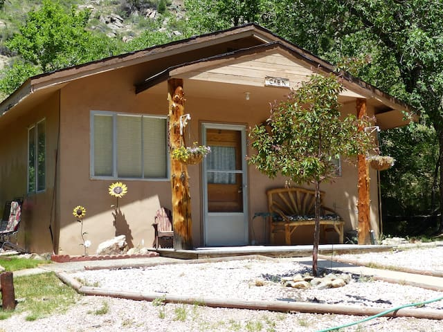 CanyonSide Campground Cabin 2