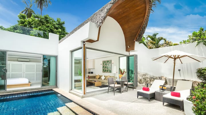 MODERN POOL BEACH VILLA II | Beach-Pool-Freedom