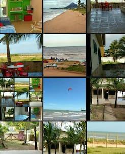 Casa a piuma. Espirito santo Brésil - Piúma - Hus