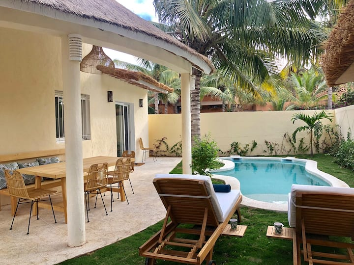 Charming Gem with private pool & beach access