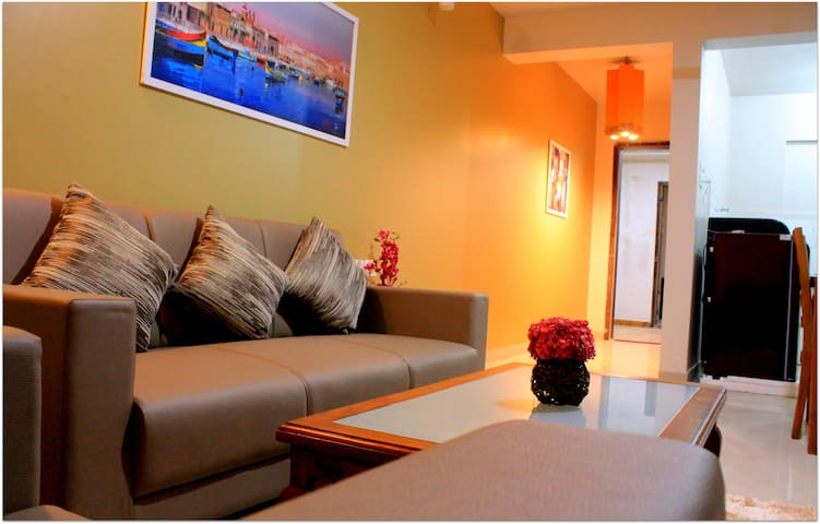 Light-filled & Spacious Bedroom AC+BF@Kharadi