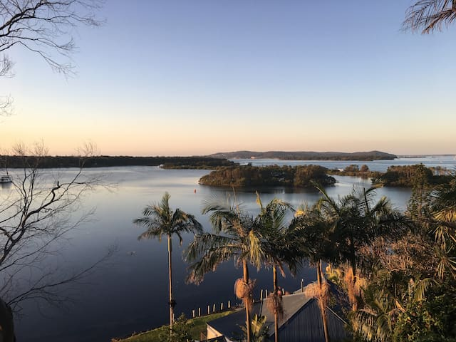 The Palm Retreat in Swan Bay