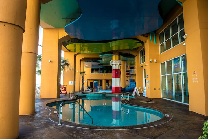 Splash Resort 1905 - 1BR/2BA w/ Bunks, Sleeps 6