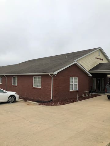 The Shepherd's Place Lodge in Lesterville, MO