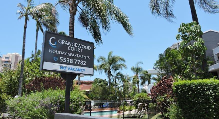 Grangewood Court Boutique Apartment in Broadbeach