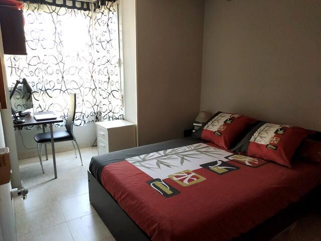 Apartamento con encanto y luminoso en centro Reus
