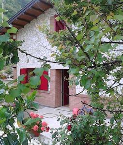 Villa Colarossi - Scanno - Vila