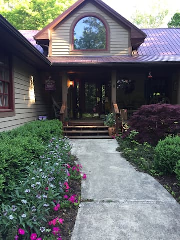 Rustic hideaway outside Wilmington, - Wilmington - Bed & Breakfast