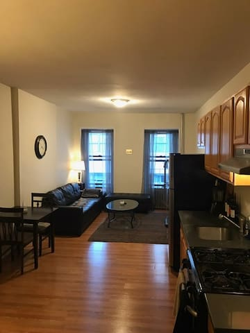 Large 1 BR- Chelsea/Meatpacking - New York - Apartment