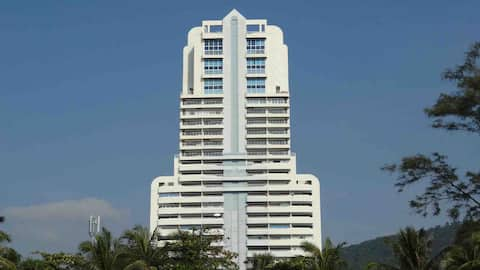 PatongTower2 Bedroom  (Mercedes pick-up available)
