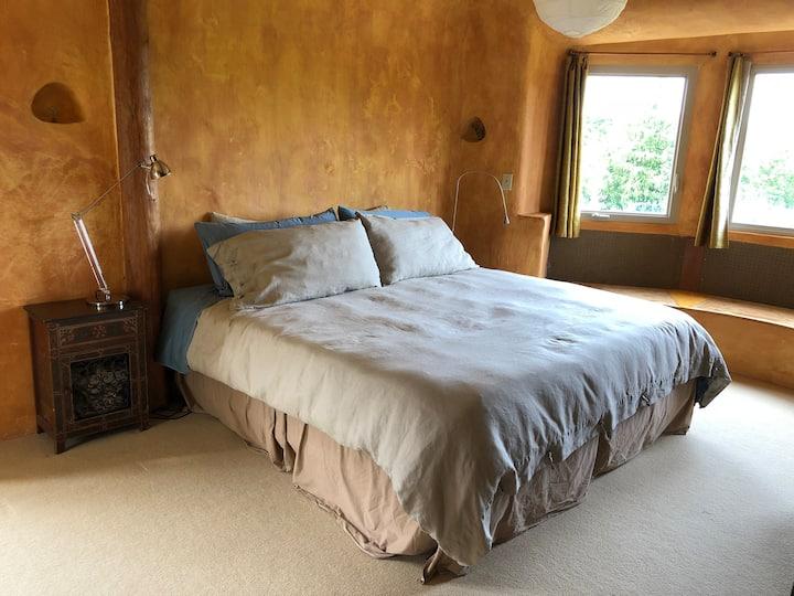 Sumptuous Room in Handbuilt Strawbale House