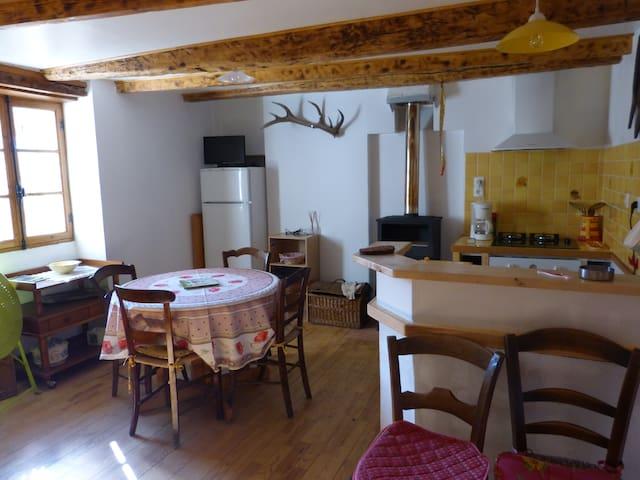 Maison de village - Thorame-Basse - Casa