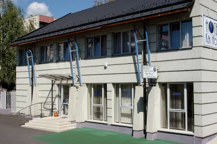 Kék Hold Hotel Marcali -
