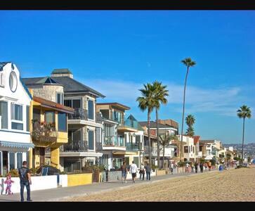 Newport Studio Steps to the Sand! - Newport Beach