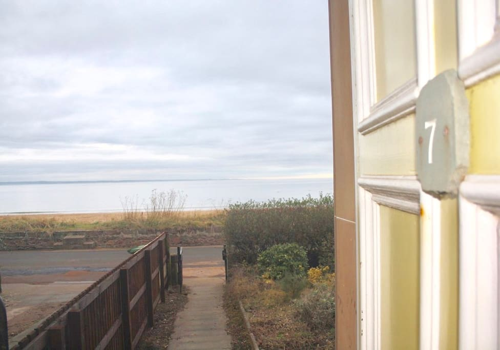 Spectacular panoramic views of beach and sea