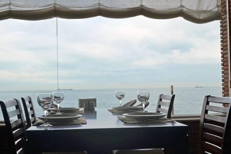 Сдаю квартиру рядом с морем со всеми удобствами *. - Batumi - Appartamento