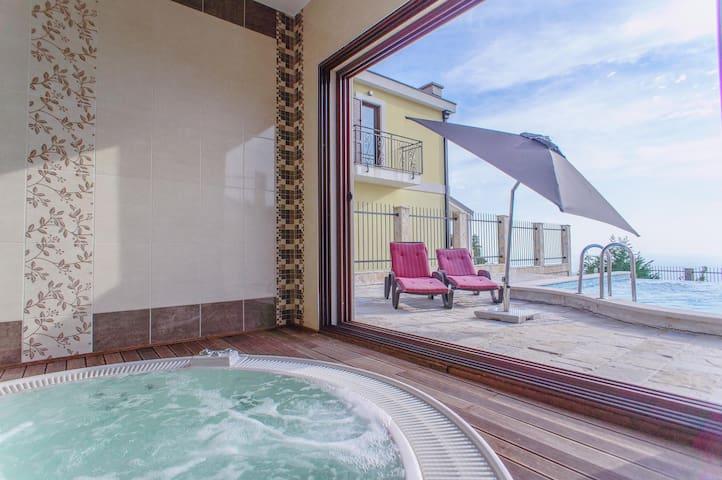 Luxury Adriatic villa Pool Jacuzzi - Budva - Huis