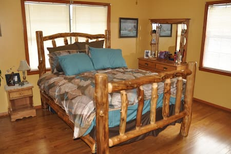 Bear Heaven B & B heart of Smokies! - Sevierville - Szoba reggelivel