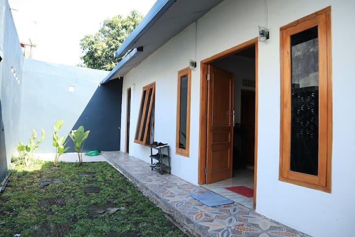 Raboso Entire House in Solo City Center