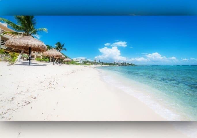 Cozy beachfront Condo faces the Caribbean Sea!!! - Akumal  - Huoneisto