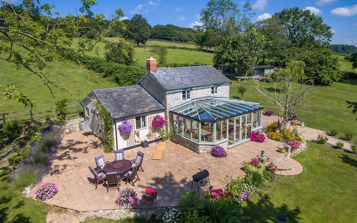 A Haven of peace and tranquillity Dog Friendly.