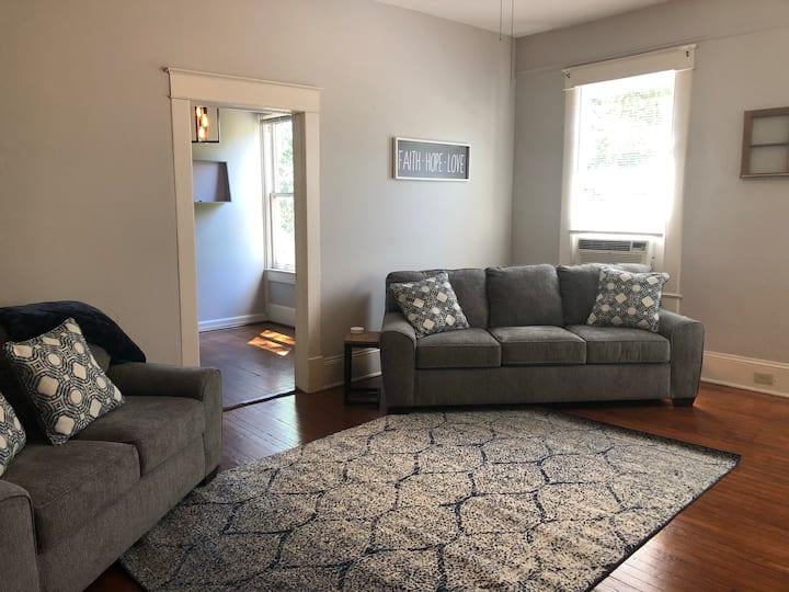 03 Serene Apartment - 1 Bedroom