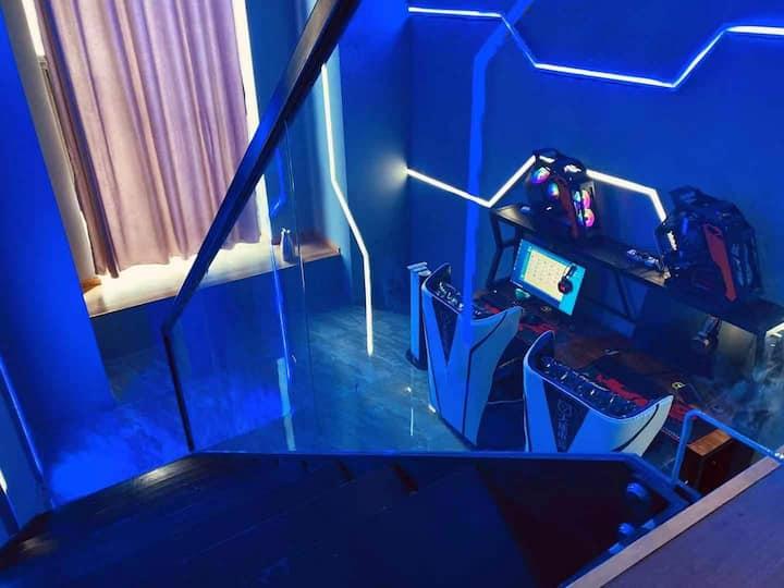 现代rtx3070投影大床房