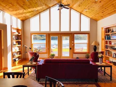 Silver Lake Cabin w/ Own Lake! (near Cooperstown)