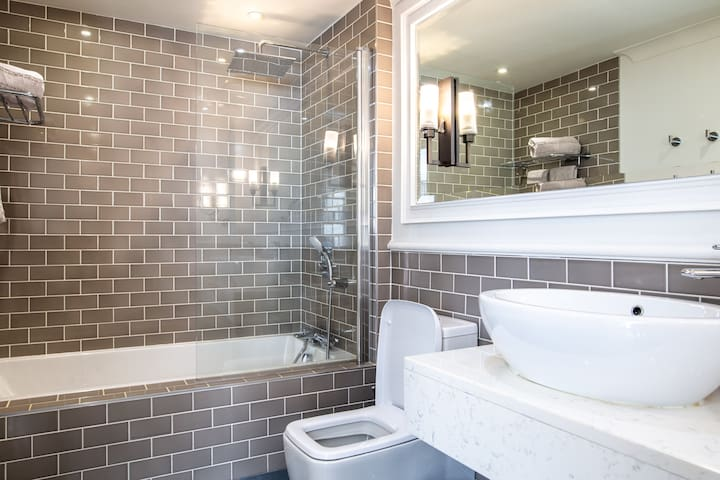 Suite with Bath & Shower