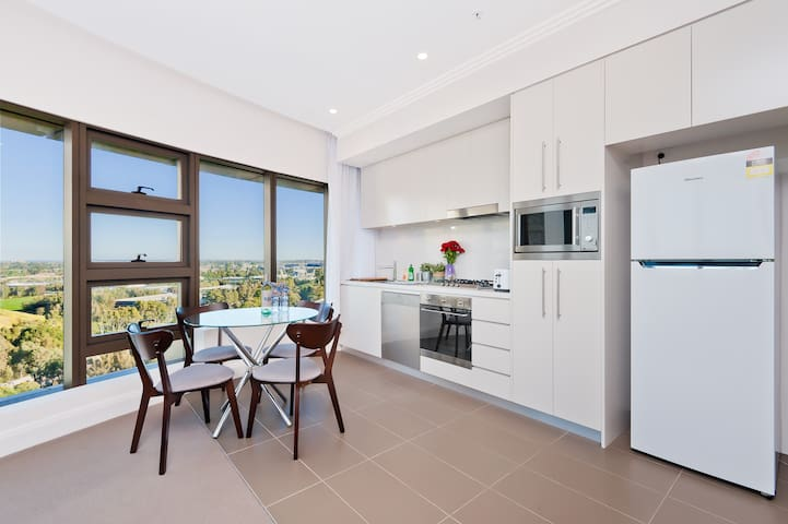 L12*Amazing Sky View, Sydney Olympic park^2BED