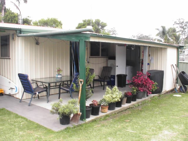 Sanctuary Apartment $130 - Sanctuary Point - Pis