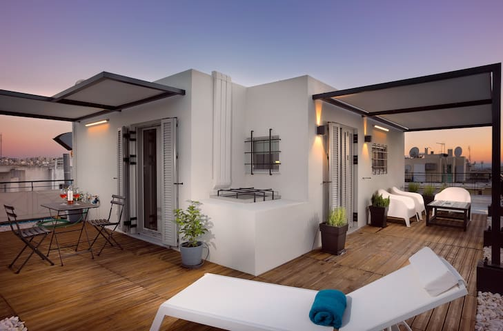 'Studio 360' - Rooftop luxury with views