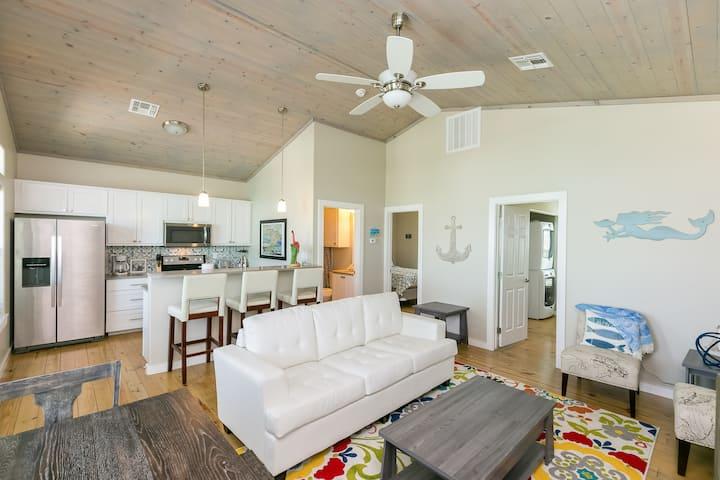 All-New Port A Gem with Deck, Short Drive to Beach